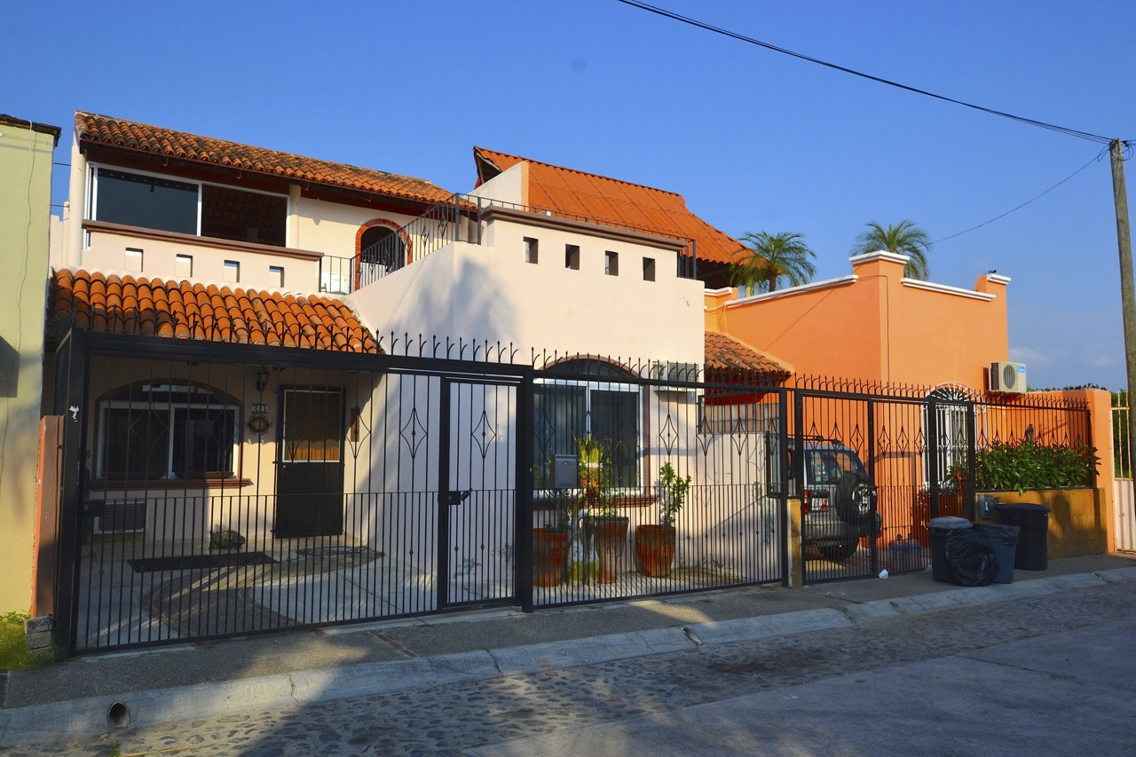Two bedroom bungalow in Bucerias Golden Zone