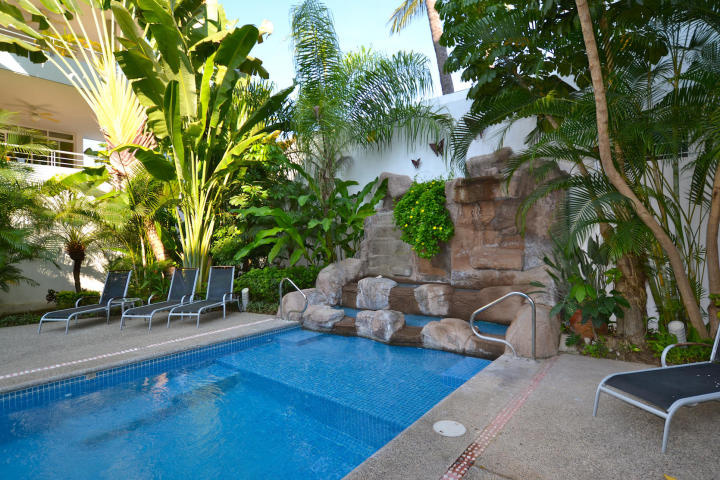Third floor spacious condo in Golden Zone Bucerias