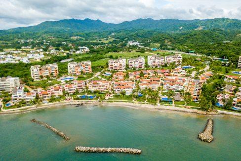 Punta Esmeralda-Jacaranda #203-57