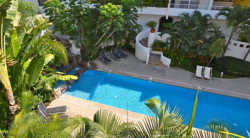 Moona Pool View 3