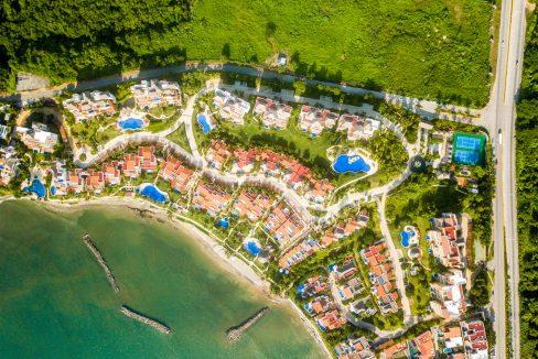 Punta Esmeralda-Jacaranda #203-52